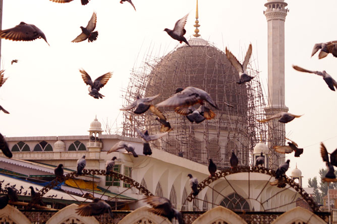 Kashmir Hazratbal Shrine