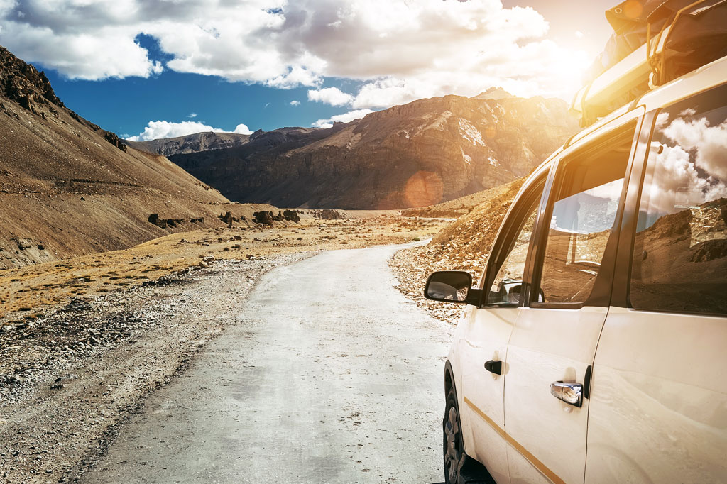 Car Rental in Kashmir