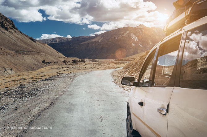 Srinagar Leh Car Rental